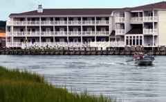 chincoteague comfort suites